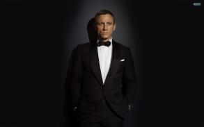 Men___Male_Celebrity_James_Bond_Daniel_Craig_058129_